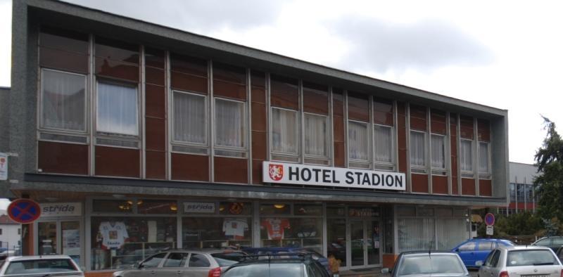 Hotel zimní stadion hradec králové
